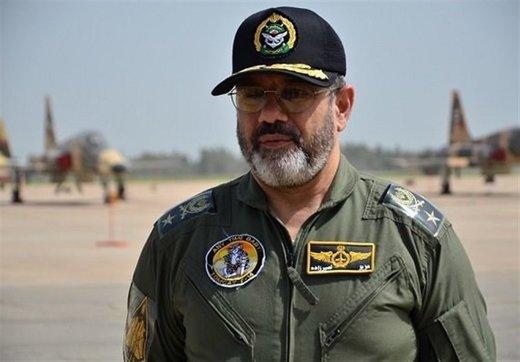 فرمانده نیروی هوایی ارتش: دشمن فضای مجازی رایگان در اختیار فرزندان ما قرار داده تا جوانان حیای خود را از دست بدهند