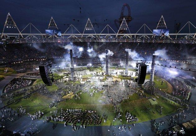 23965 338 تصاویر شگفت انگیز از افتتاحیه المپیک لندن