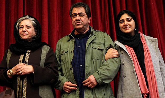 عکس باران کوثری کنار پدر و مادرش