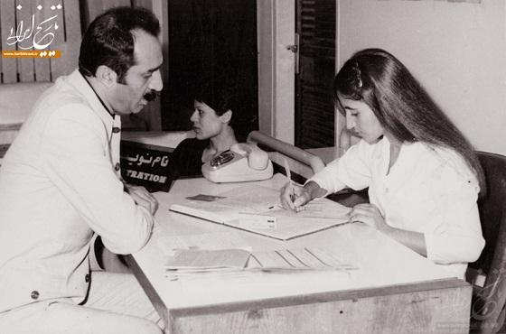 عکس: ثبت نام داریوش فروهر در انتخابات ریاست جمهوری