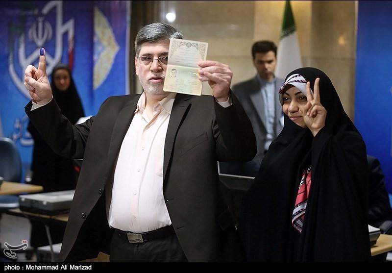 علی اکبر جوانفکر و همسرش /عکس