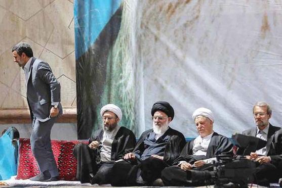 شعبه 2 اجرای کیفری اهواز احمدی نژاد به دادگاه کیفری احضار شد/ کمیسیون اصل 90 : موارد شکایت مجلس از احمدی نژاد زیاد است. نمی دانم برای کدام شکایت احضار شد