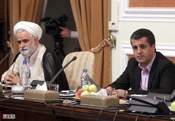 عکس/ یاسر هاشمی در جلسه عزل دانشجو