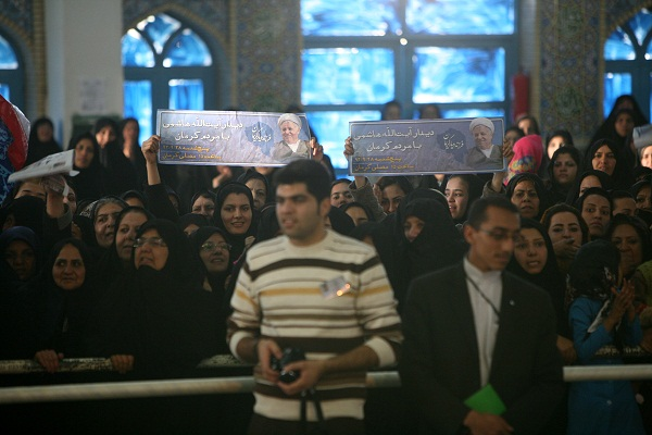 تصاویر: دیدار  مردم   کرمان  با آیت الله هاشمی رفسنجانی
