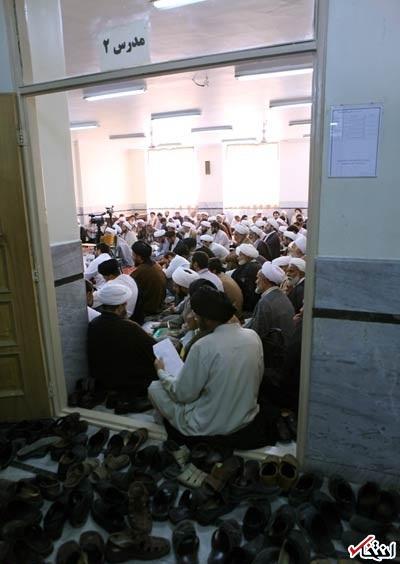 تصاویر؛ کلاسِ «درس خارج» سیدحسن خمینی