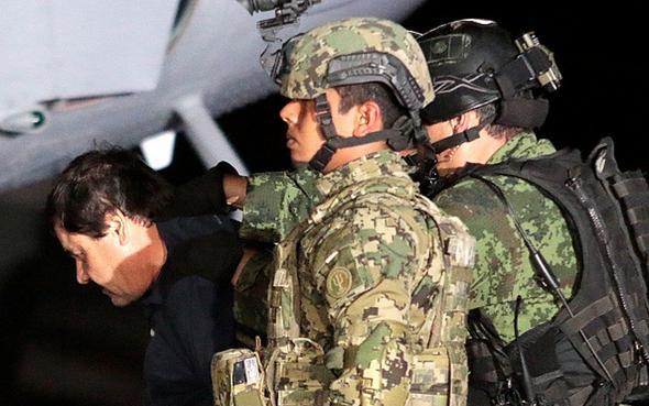 تصاویر : بزرگترین قاچاقچی دنیا دوباره به دام افتاد