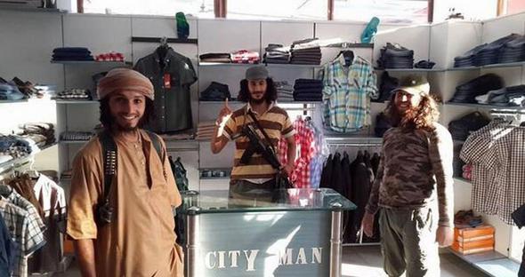 تصاویر : زندگی در پایتخت داعش