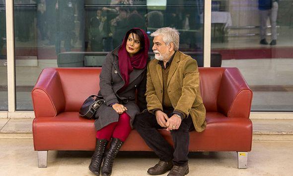 تصاویر : محمدرضا عارف و همسرش روی فرش قرمز