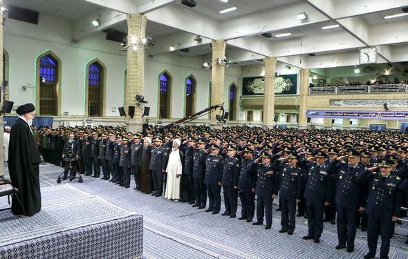 تصاویر : دیدار فرماندهان نیروی هوایی ارتش با رهبر معظم انقلاب