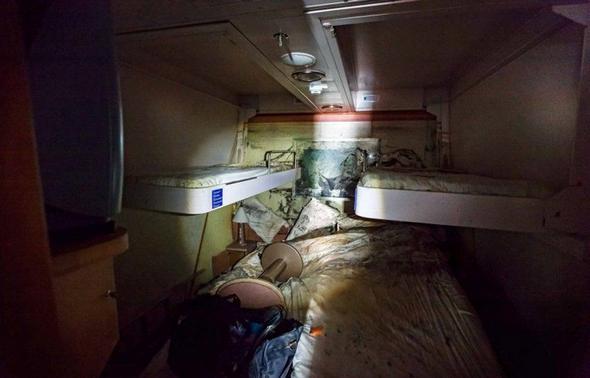 تصاویر : در دل کشتی نفرین شده