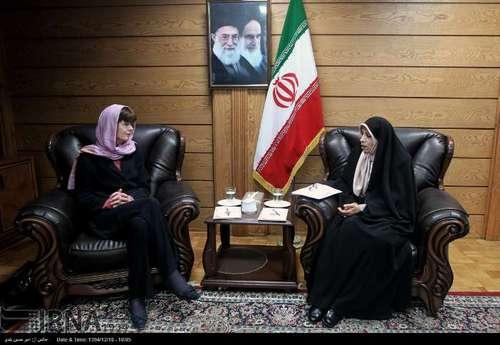 دیدار خانم بوس معاون وزیر خارجه هلند با خانم امین زاده معاون روحانی/تصاویر