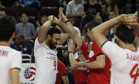 تصاویر : حواشی دیدار والیبال ایران و امریکا