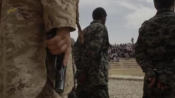 تصاویر : اعدام جمعی در آمفیتئاتر پالمیرا