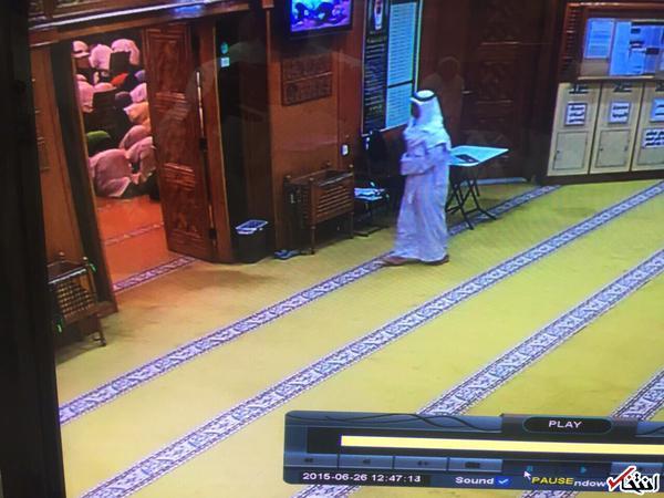 فیلم و تصویر: لحظه ورود انتحاری به مسجد امام صادق (ع) کویت/ داعش: عامل انفجار ، تبعه عربستان است + اظهارات شاهدان