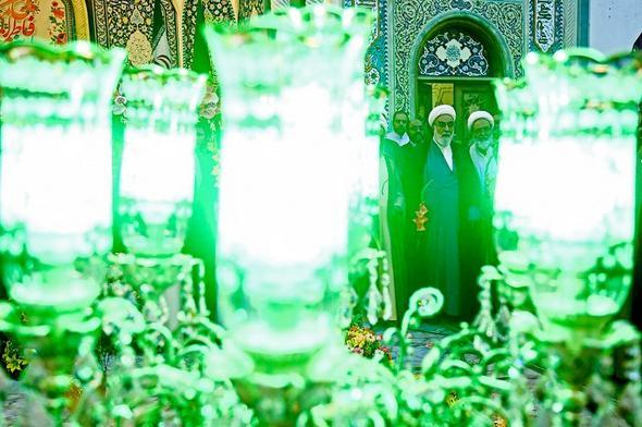 تصاویر : آغاز دهه کرامت در حرم حضرت معصومه(س)