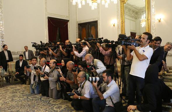 تصاویر : دیدارهای «فیشر» با مقام معظم رهبری و آیتالله هاشمی