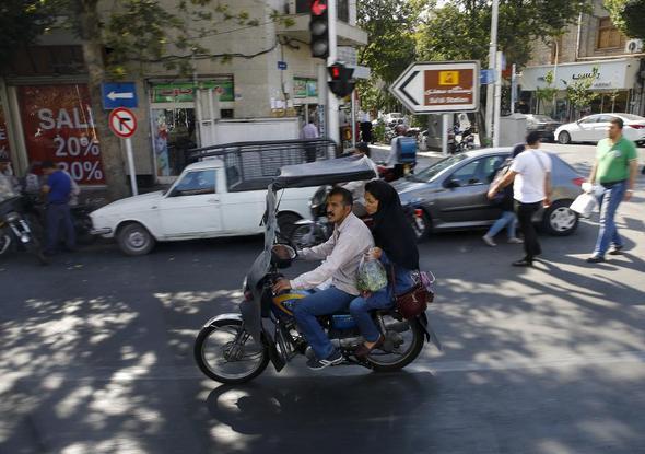 تصاویر : تهران از نگاه رویترز