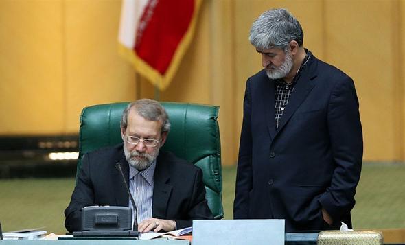 تصاویر : تنش در صحن علنی مجلس