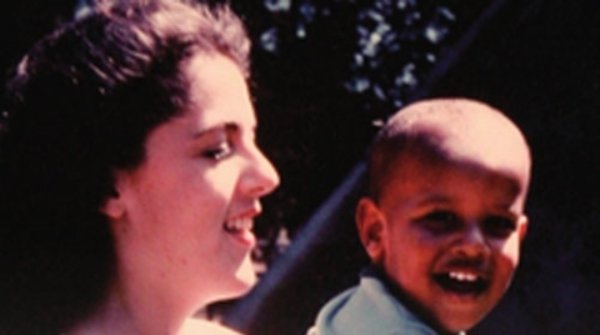 هدیه ویژه نواز شریف برای اوباما: عکس مادر اوباما در پاکستان