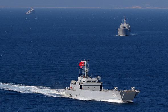 تصاویر : خط و نشان آمریکا و ترکیه برای روسیه