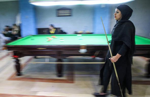 تصاویر : نابغه بیلیارد ایران