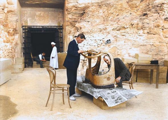 تصاویر : لحظه کشف آرامگاه 3245 ساله