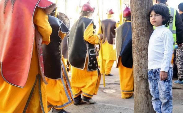 تصاویر : کاروان نمادین اسرای کربلا در عصر عاشورا