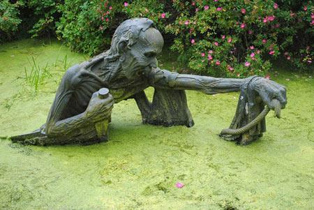 تصاویر : پارکی با مجسمه های ترسناک در ایرلند