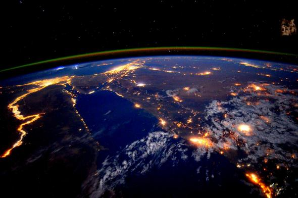 تصاویر : برترین عکسهای فضا در 2015