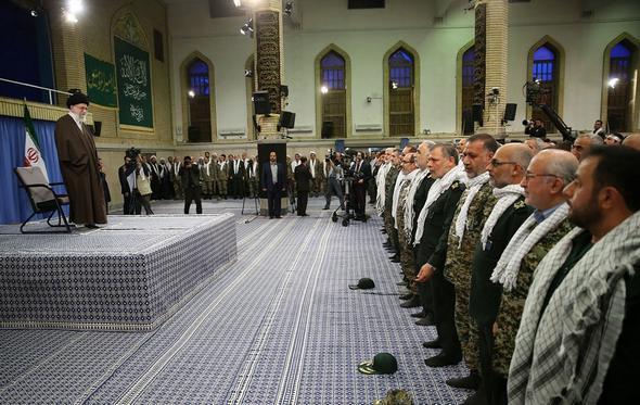 تصاویر : دیدار هزاران نفر از فرماندهان بسیج با رهبر معظم انقلاب