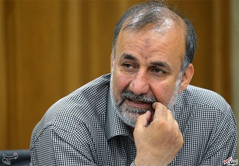 بیادی: احمدینژاد سال 88 باید ردصلاحیت میشد/ حسینیان: حمایت اصولگرایان از احمدینژاد هیچ اهمیتی ندارد/ اصولگرایان جاذبه خود را نزد مردم از دست دادهاند