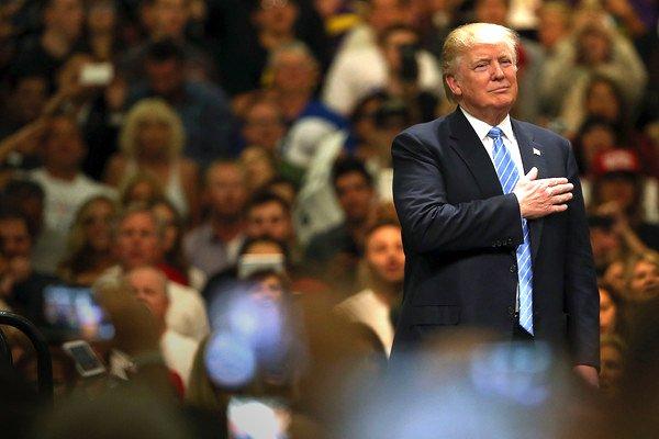 روایت نشنال از چالش بزرگ ترامپ: او هم می خواهد با روسیه رفیق شود، هم با ایران دشمنی کند