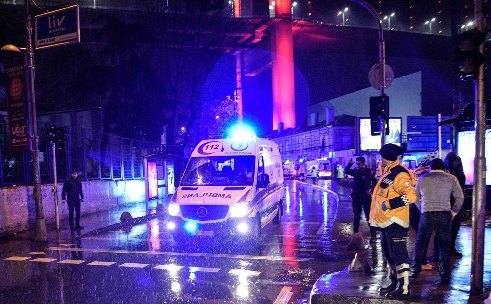 تصاویر : حمله به کلوب شبانه در استانبول