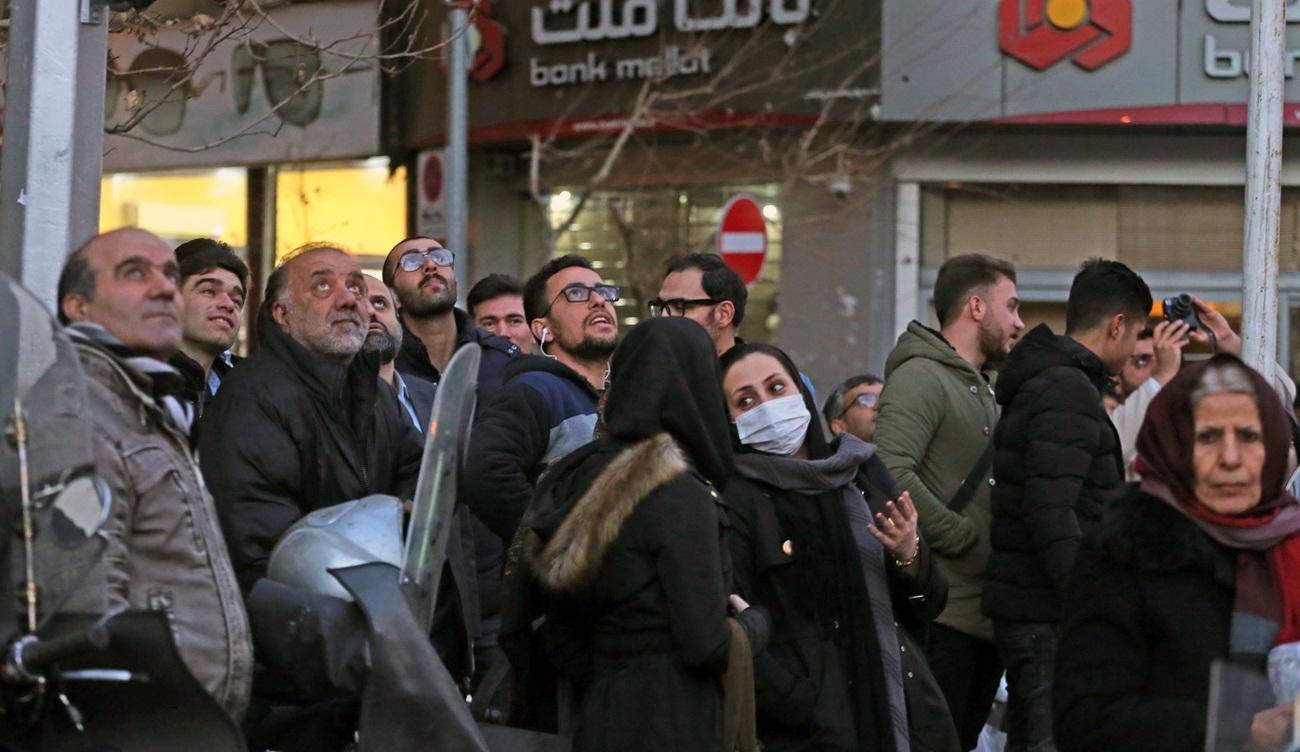 تصاویر : واکنش مردم به شلیک ضد هوایی در تهران