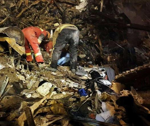 فاجعه پلاسکو به دلیل پول ندادن شهرداری به آتشنشانی اتفاق افتاد؟/ حافظی: فقط ۲۱.۵میلیارد دادهاند