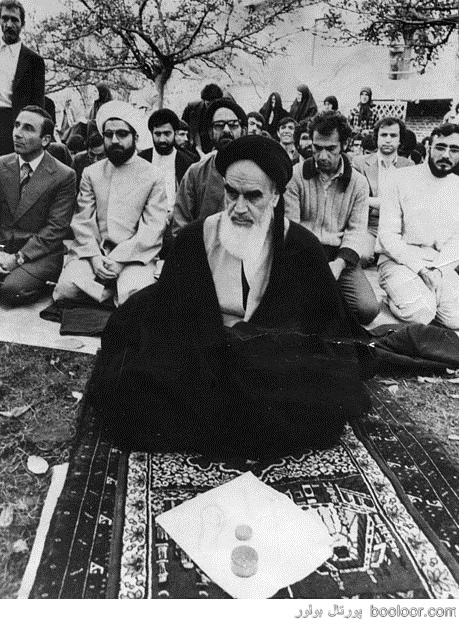 عکسی کمتر دیده شده از حسن روحانی در دوران انقلاب /خاطره تکبیر گفتن در دانشگاه انگلیس