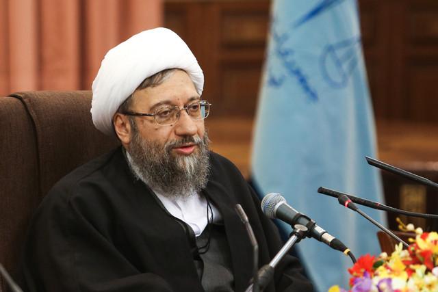 آیت الله آملی لاریجانی: آشتی ملی را نامطلوب نمیدانم، اما معتقدم در کشور ما موضوع ندارد
