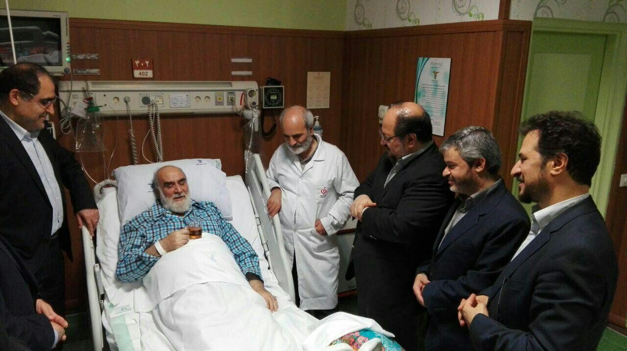 عیادت هاشمی از رییس دفتر رهبری / عکس