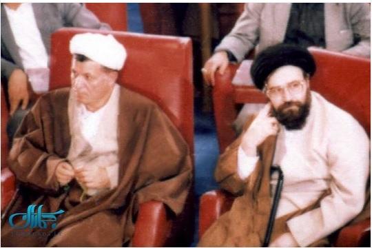 عکس کمتر دیده شده از سید احمد خمینی در کنار آیت الله هاشمی