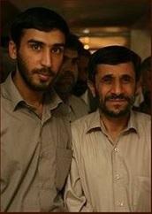 منتشر کننده تصاویر مینو خالقی در کنار احمدی نژاد/ عکس