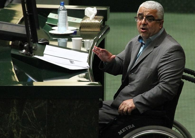 رای آوردن جلیلی در انتخابات ریاست جمهوری 96 محال است / او و احمدی نژاد پیام های مردم را برعکس می فهمند