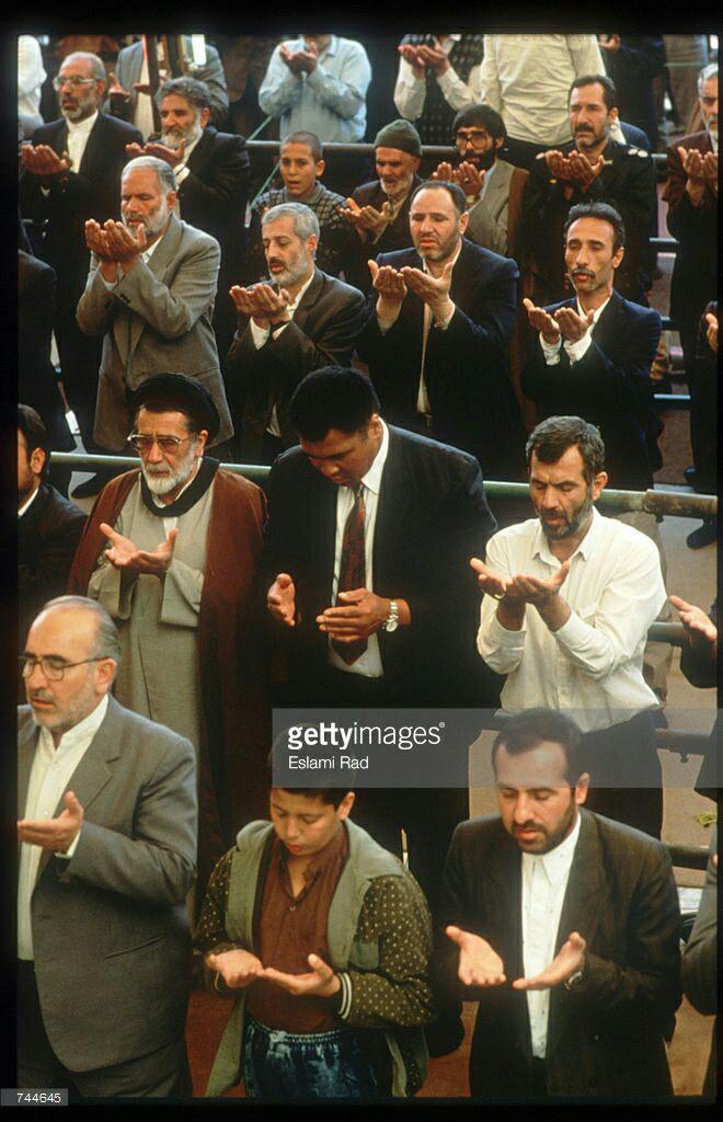 عکس/محمدعلی کلی در نماز جمعه تهران