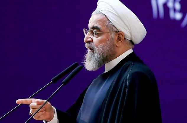 قاطعیت تحسین برانگیز روحانی در برخورد با تخلف و فساد: مدیران چهار بانک برکنار شدند