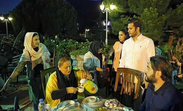 تصاویر : چهرهها در افطاری لیلا بلوکات