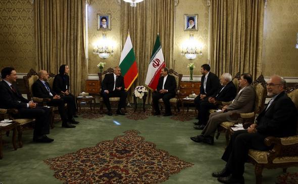 تصاویر : استقبال رسمی از نخست وزیر بلغارستان