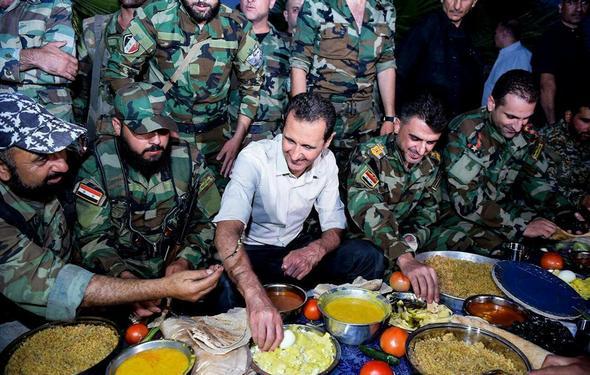 تصاویر : افطار اسد با ارتشسوریه در خط مقدم