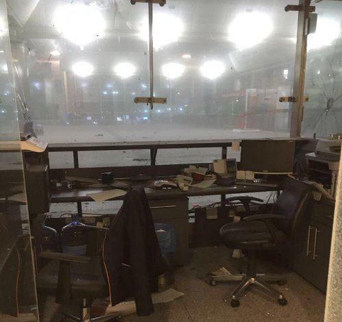 انفجار و تيراندازي در بخش مسافرین فرودگاه آتاتورک استانبول + تصویر