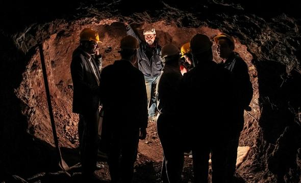 تصاویر : کارگران معدن فیروزه