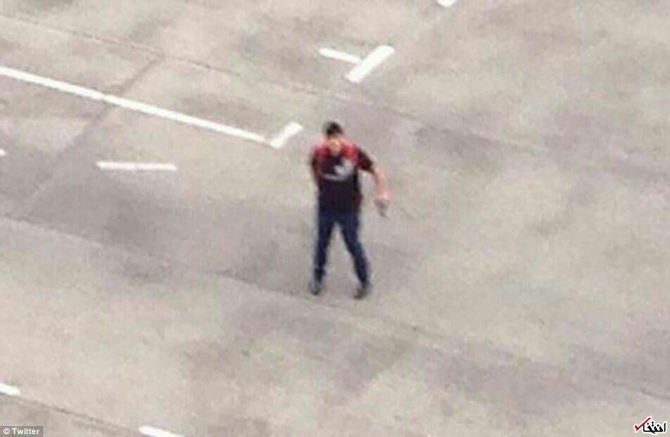 تیراندازی در یک مرکز خرید در مونیخ / برقراری حالت فوق العاده در سراسر شهر / تلویزیون آلمان تایید کرد: 6 نفر کشته شده اند / پلیس آلمان: احتمالا حادثه تروریستی بوده/ مهاجمان 3 نفرند؛ نمی دانیم کجا هستند؛ مردم مراقب باشند +تصاویر