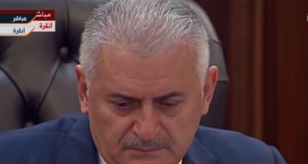 تصویری از کودتا که نخست وزیر ترکیه را به گریه واداشت